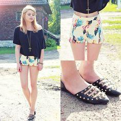 Adorable tropical print shorts! Motelrocks.Com Shorts, Romwe.Com Shoes
