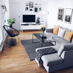 A Guide to Modern Apartment Decor For Living Room - fancyhomedecors Apartment Interior, Living Room Interior, Home Living Room, Home Interior Design, Living Room Designs, Living Room Decor, Gray Living Rooms, Living Room And Bedroom In One, Living Room Yellow