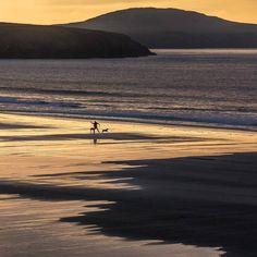Last light Whitesands Bay Pembrokeshire. #ukcoastwalk Photo: Quintin Lake www.theperimeter.uk