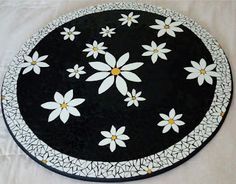 Mosaic Tile Art, Mosaic Artwork, Mosaic Diy, Mosaic Crafts, Mosaic Projects, Mosaic Glass, Fused Glass, Mosaics, Mosaic Outdoor Table