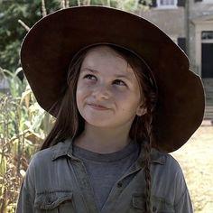 Judith Grimes, Carl Grimes, Walking Dead Series, The Walking Dead 3, Walking Dead Pictures, Twitter Icon, Stranger Things Netflix, Photo Dump, Cool Watches