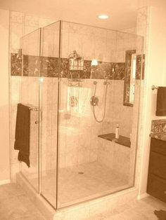 You want to clean a shower screen? Our professional advice will help you find a shiny shower window with ease.