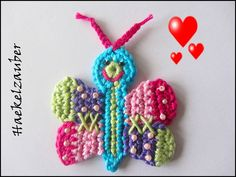 Handgehäkelter bunter Schmetterling in Patchworkoptik...  -Eigener Entwurf-  Diese Applikationen kann man annähen auf Taschen,Kissen,Babydecke,...