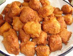 Hozzávalók:     25 dkg túró   3 tojás   10 evőkanálnyi rizsliszt   1 mokkáskanálnyi szódabikarbóna   Kevés só     A sütéshez t...