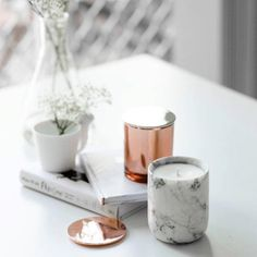 Here's a cute idea! Paint faux marble finish to older glass candle jars… Decoration Inspiration, Room Inspiration, Interior Inspiration, Design Inspiration, Decor Ideas, Copper And Marble, Rose Gold Marble, Home Decor Accessories, Decorative Accessories