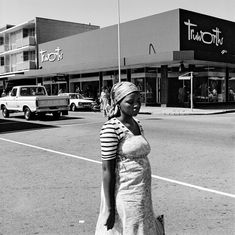 On the corner of Commissioner and Eloff Streets. Boksburg, 1979 © David Goldblatt, courtesy David Goldblatt and Goodman Gallery Johannesburg and Cape Town. Shown in the exhibition David Goldblatt at Centre Pompidou, 21 February-13 May 2018