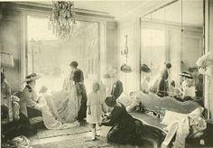 Edwardian - Les Createurs de La Mode 1910 Salon de Vente de Cheruit