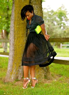Plus Size Fashion Inspiration Sheer Skirt - not that cheap clutch thoSheer Skirt - not that cheap clutch tho Curvy Girl Fashion, Look Fashion, Plus Size Fashion, Womens Fashion, Fashion Trends, Hally Berry, Looks Style, My Style, Mode Plus
