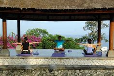 Yoga in Bali.rather than yoga in basement of the JCC. Both good, just one is probably more inspirational than the other Travel News, Travel Advice, Great Places, Beautiful Places, Places To Travel, Places To Go, Bali Yoga, Vinyasa Yoga, Zen