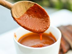 Memphis-Style Barbecue Sauce--this is one of the better bbq sauces I've cooked. LOVE that it doesn't taste of ketchup, and it's an easy, well-balanced sauce. Memphis Style Bbq Sauce Recipe, Best Barbecue Sauce, Barbecue Sauce Recipes, Bbq Sauces, Grilling Recipes, Serious Eats, Whiskey Sauce, Dips, Salsa Dulce