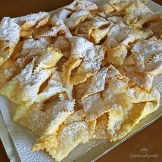 Chiacchiere di Carnevale Brownie Cookies, Italian Cooking, Frappe, Apple Pie, Cookie Recipes, Biscuits, Cheesecake, Food And Drink, Lunch