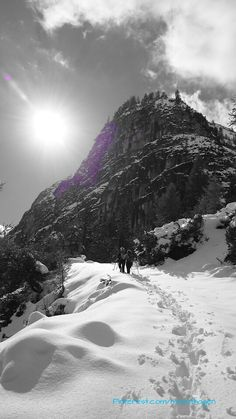 Snow hiking in the Gschnitzvalley, Austria
