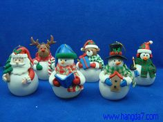 Polymer Clay Handmade Craft Christmas Figure with LED Light - Hangda Arts and Crafts Factory Polymer Clay Projects, Polymer Clay Creations, Polymer Clay Art, Clay Crafts, Christmas Projects, Holiday Crafts, Halloween Potion Bottles, Polymer Clay Christmas, Cute Clay