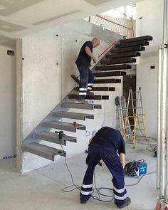 3,780 отметок «Нравится», 24 комментариев — Brasil engenharia e construção (@construnote) в Instagram: «Escada metalica com degraus em balanço. Estrutura monolítica fixada na parede. . . ⚠⚠⚠Siga também:…»