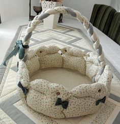 Bunny basket.  No pattern, but looks pretty simple.