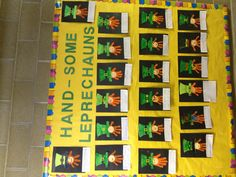 St. Patrick's day handprint art. This would be so cute to make for my dad's St. Patrick's Day birthday from the kids, grandkids and great grandkids. Have to remember for next year's 90th b-day!!!