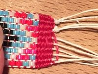 Comment stopper un bracelet sur métier à tisser ?
