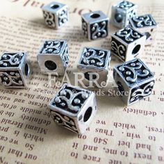 Silver plated cube metal beads 10 pieces antique by FARRAgem,   FARRAgem.etsy.com
