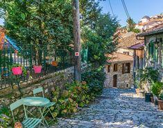 Ελλάδα: Τα μυστικά 5 αγαπημένων προορισμών σας Greece Travel, Bellisima, Amazing, Places, Travelling, Trips, Beautiful, Happy, Photos