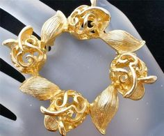 Sarah Coventry Brooch Gold Vintage Signed Round Designer Estate Pin Jewelry Sac   eBay