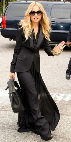 Rachel Zoe does black with a handful of gold jewelry
