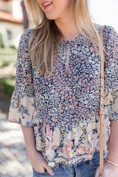 Floral Top   Spring Outfit