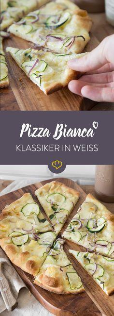 Die Pizza bianca braucht keine Tomatensauce. Mozzarella, Brie, Fenchel, Zucchini und ein Schuss Olivenöl sorgen für frischgebackenes Pizza-Glück.