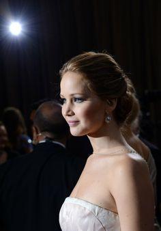 2013 Oscars: Jennifer Lawrence .1