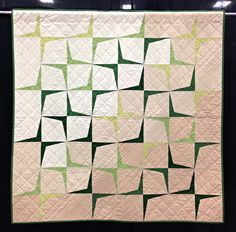 Boomerang Love by Holly Short. So subtle! Love the gradation, and the diagonal quilting.