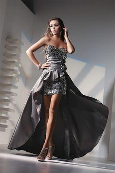 Gorgeous silver dress :)