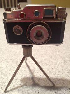 Vintage Oriental Miniature Camera Lighter Made in Occupied Japan