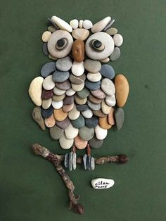 Hmm...I think it's time to go to the beach to get some smooth rocks and make this adorable owl.