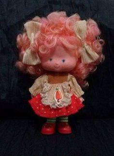 boneca cajuzinho - coleção moranguinho antiga - estrela 1987