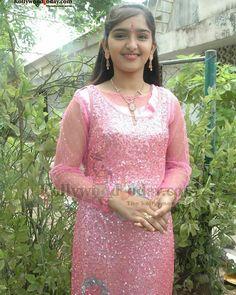 Beautiful Girl Indian, Beautiful Indian Actress, Girl Pictures, Girl Photos, Indian Girl Bikini, Indian Girls Images, Girls Gallery, Cute Girl Photo, Beautiful Bollywood Actress