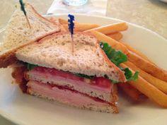 Plaza Restaurant -- Lunch/Dinner -- Table Service -- Magic Kingdom