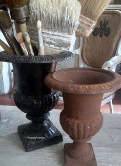 FleaingFrance.....Antique Medici's Urn