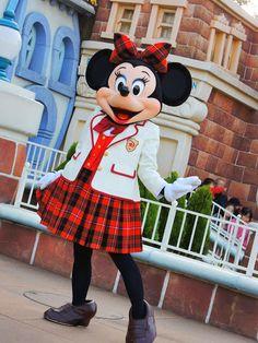 ミニー着ぐるみ、ミニーならhttp://www.mascotshows.jp/product/minnie-mouse-adult-mascot-costume.html