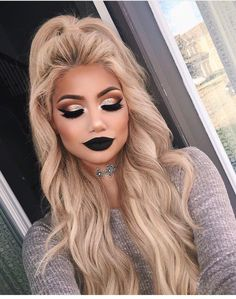@makeupbyalinna follow her on insta, love her makeup and hair