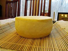 Got Gouda? Excellent Link on making Gouda. with pictures (and links for supplies)! (Homemade Cheese Making) Cheese Wax, Butter Cheese, Milk And Cheese, Gouda Cheese Recipes, Cheese Dishes, Gouda Recipe, Goat Milk Recipes, No Dairy Recipes, Homemade Cheese
