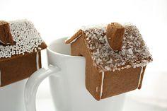 12 Gingerbread Dessert Recipes for Christmas!
