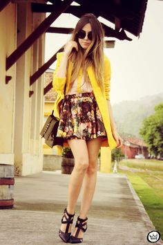Shirt: Awwdore,  Skirt: Romwe - Great Look!