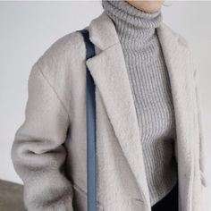 Image via We Heart It https://weheartit.com/entry/157929857/via/262705 #fashion #style #scandinavianstyle #whitestyle #housefashion