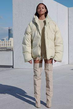 Нью-Йоркская неделя моды: Yeezy Season 4, Buro 24/7