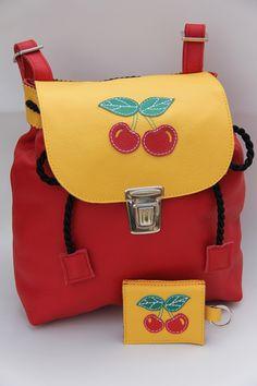 Rucksack für Kinder: Süßer Ranzen für die Schule / rucksack for kids: cute backpack for school made by Krabbelpuschenfee via DaWanda.com