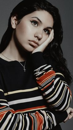 Alessia Cara Beautiful, Divas, Tori Kelly, Cinema, Celebrity Wallpapers, Dangerous Woman, Female Singers, Girl Crushes, Woman Face