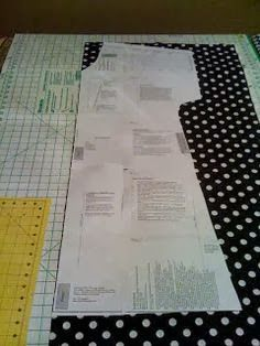 Bella Bama: 'Designer' Hospital Gown Tutorial - need to print some 12 pages - probably only need the top, would be nice for a nursing home present maybe Sewing Hacks, Sewing Tutorials, Sewing Crafts, Sewing Projects, Sewing Patterns, Purse Patterns, Clothes Patterns, Sewing Tips, Sewing Ideas