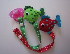 ♥♥♥ Prendedores de chupeta peixinho... by sweetfelt \ ideias em feltro