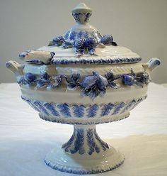 Vintage Blue White Porcelain Soup tureen   eBay