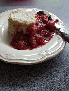 5hugs: Couscous-Quark-Köpfli mit Fruchtkompott Cheesecake, Fat, Pudding, Desserts, Sugar, Dessert Ideas, Food Food, Children, Recipes
