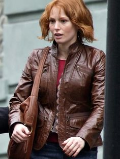 88 Minutes Alicia Witt leather Jacket - The Movie Fashion Leather Jackets For Sale, Jackets For Women, Alicia Witt, Men's Leather Jacket, Fashion Articles, Brown Jacket, Celebrity Outfits, Old Women, How To Wear